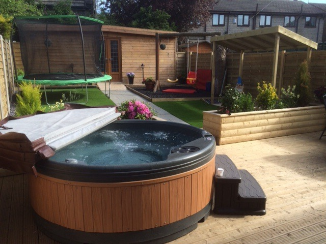 Hot tub in the garden